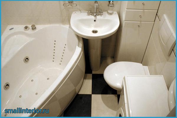 Джакузи в маленькой ванной комнате
