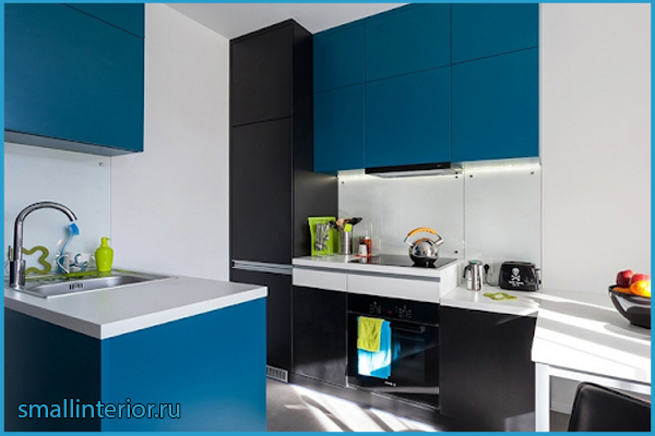 Черно-синяя кухня